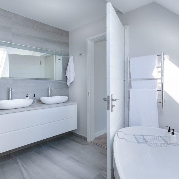 diseños de baño minimalistas